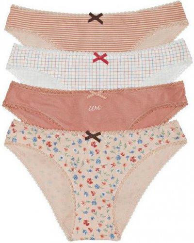 При покупке комплекта нижнего белья - подарки в Women Secret!
