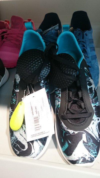 Женские кроссовки Adidas по супер цене