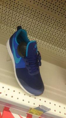 Скидки на кроссовки Nike