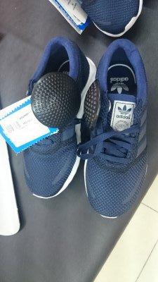 Кроссовки Adidas для мальчика по низкой цене
