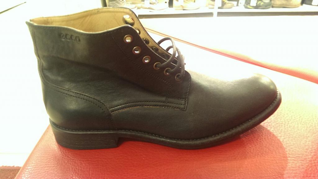 d86df824a Осенние мужские ботинки ECCO в Intertop Outlet купить со скидкой ...