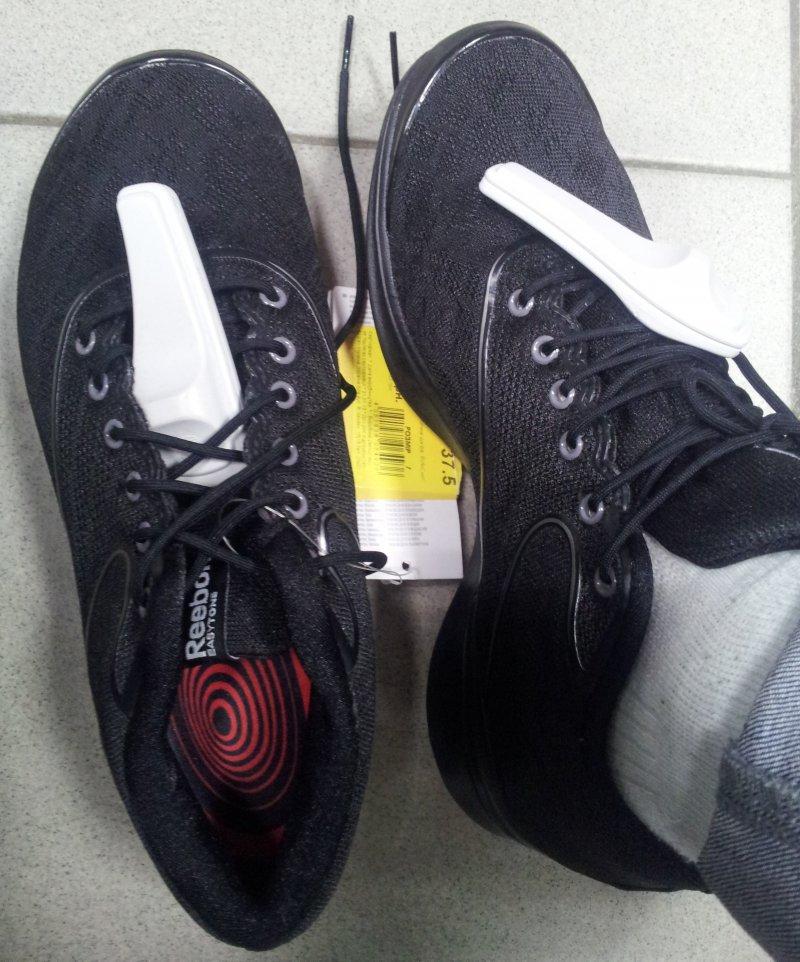 Женские кроссовки Reebok купить со скидкой   Adidas Дисконт Центр ... ecd2b0408ba