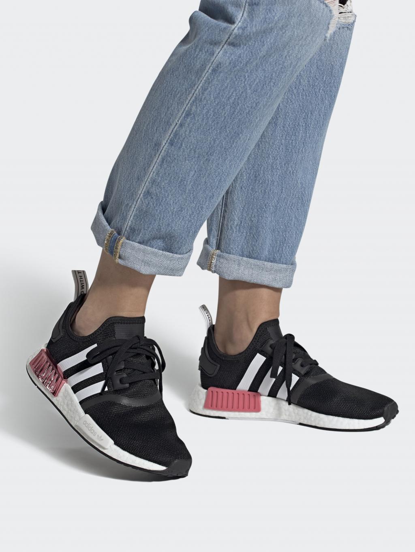 Кроссовки для города Adidas NMD_R1 W модель FY3771