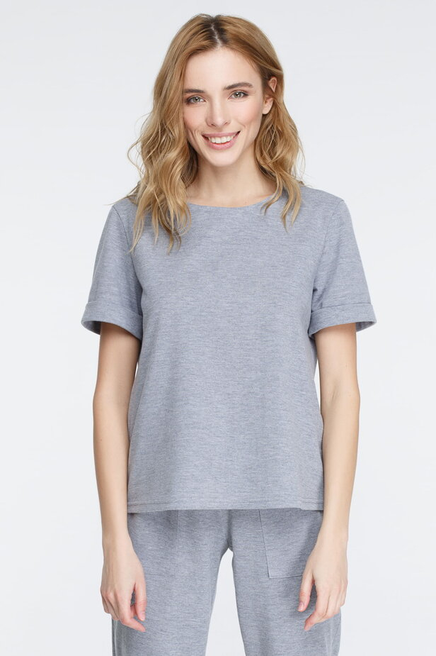 Сіра футболка